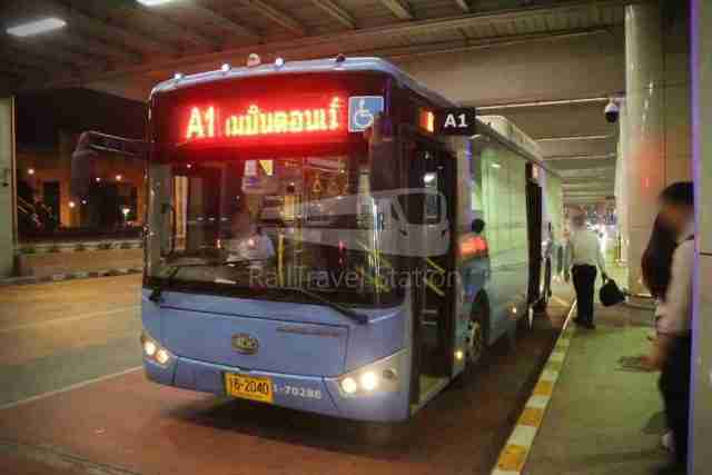 Don-Mueang-Airport-Bus-A1-DMK-Mo-Chit-BTS-007