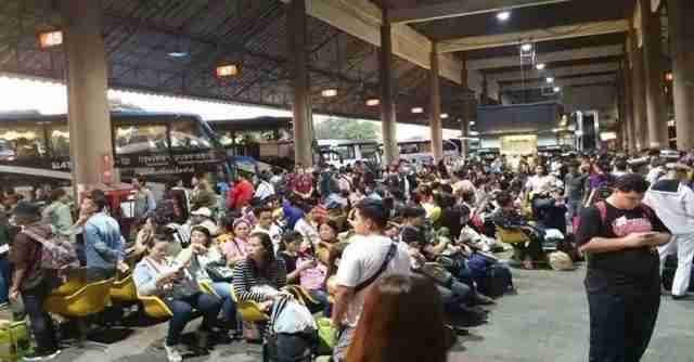 Bangkok bus stations were jammed over Nov. 18-22 holiday period with nearly 11 million passengers.