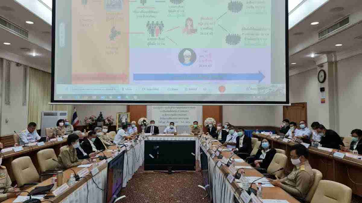 Anutin Charnvirakul on Monday chaired a meeting to discuss Covid-19 vaccine management