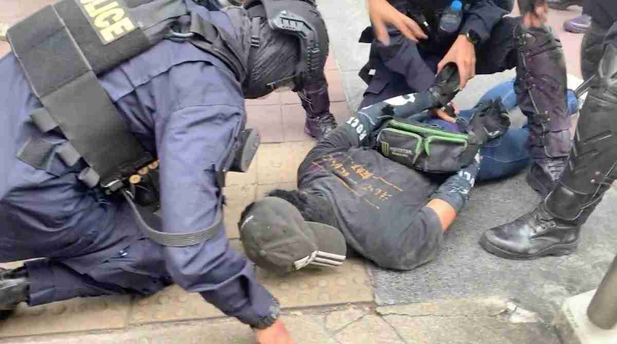 Thailand Protests Democracy Students Riot Water Cannons Rubber Bullets-3