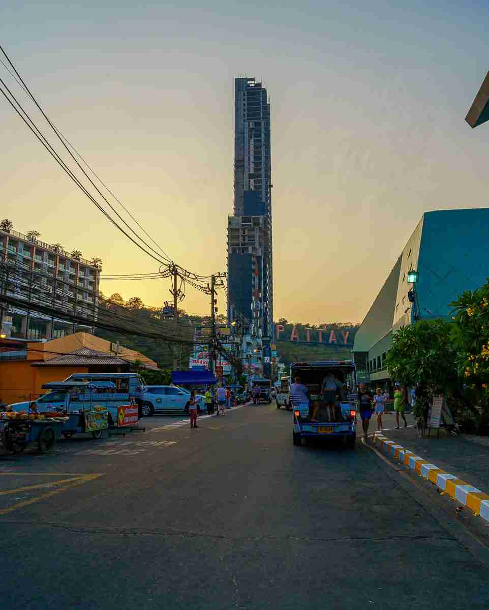 Waterfront Suites Residence Pattaya Thailand Condo Tower-2